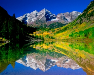 maroon_bells_reflected_godaddy_wmqh_96sw.jpg