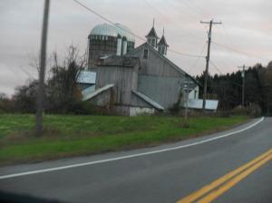 abandoned-barn (2)